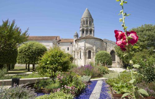 Abbaye aux Dames Jardins-de-lAbbaye