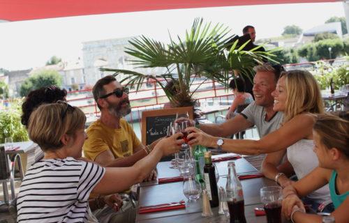 restaurants et bars saintes