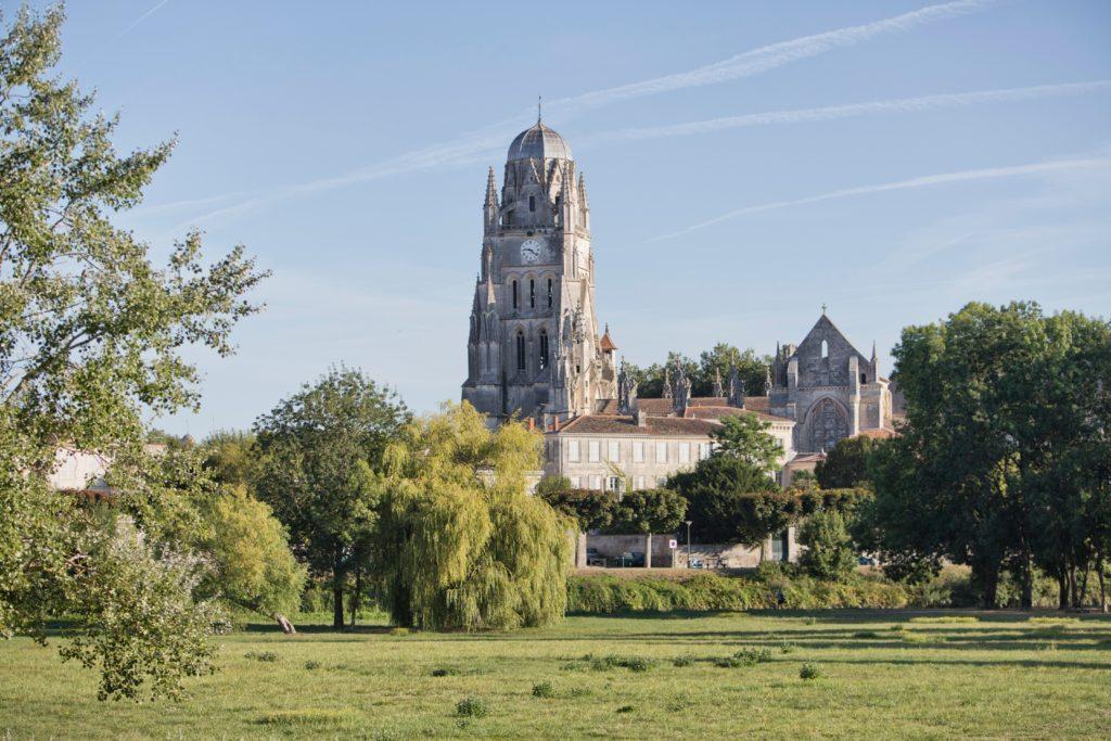 Cathédrale Saint- Pierre à Saintes