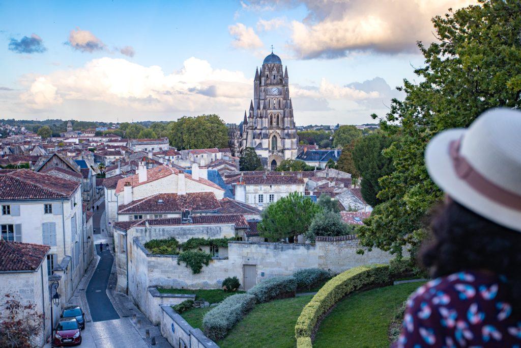 Saintes - vue sur la ville d'Art et d'Histoire