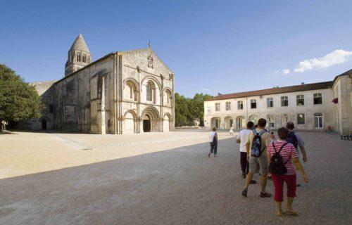 L-Abbaye-aux-Dames Saintes